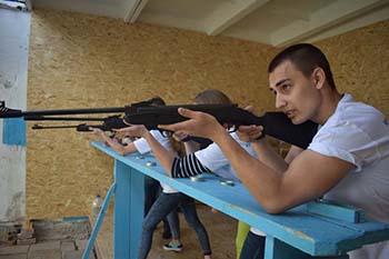 Соревнования по стрельбе из пневматической винтовки